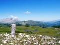 il-cippo-del-confine-i-pantani-di-accumoli-monti-sibillini